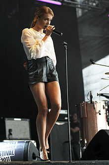 220px-Florrie_-_Live_at_Berlin_Festival_