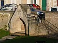Fontaine du pont Joubert, Poitiers.JPG