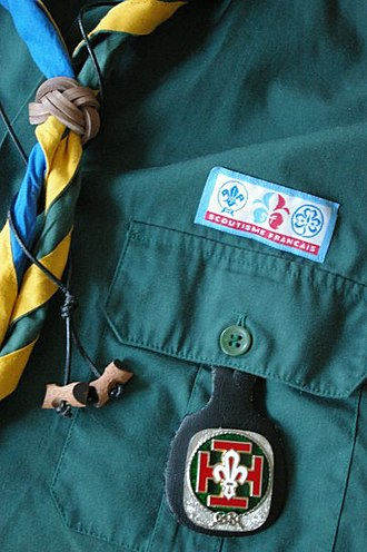 Scouting and Guiding in France - French Scouting uniform (Scouts de France)