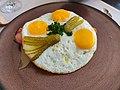 Fried egg sunny side up 6.jpg