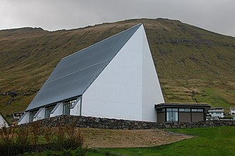 Fuglafjørður - The ultra-modern church of 1984