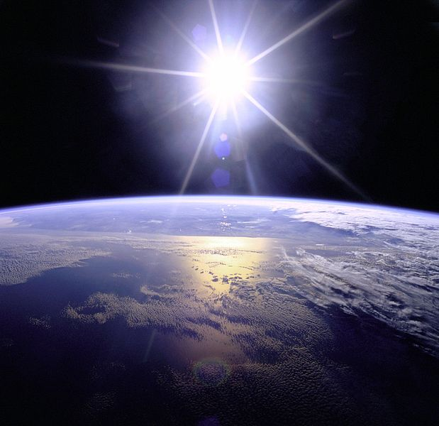 File:Full Sunburst over Earth.JPG