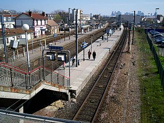 Houilles–Carrières-sur-Seine station - Platforms