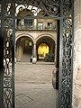 Gate of Casa de los Condes de Heras y Soto.jpg