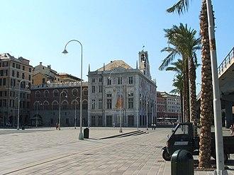 Palazzo San Giorgio a Piazza Caricamento (presso il porto antico di Genova)