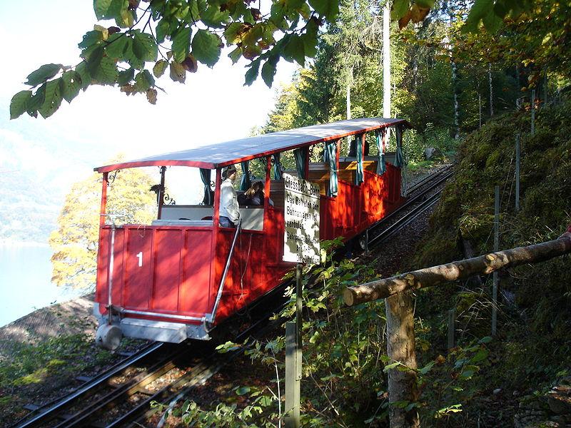 Die Standseilbahn 800px-Giessbachbahn