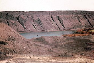 Glossary of coal mining terminology - Gin Pit Colliery's old spoil tip or rucks