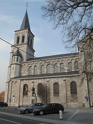 Glons - Image: Glons, kerk foto 9 2011 03 25 16.05