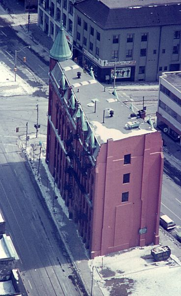 File:Gooderham in 1975.jpg
