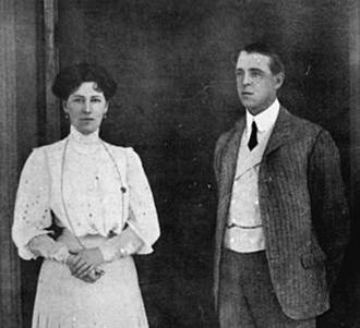 Frederic Thesiger, 1st Viscount Chelmsford - Governor and Lady Chelmsford in 1910.