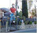 Greenspot Road Curiosity House, Mentone, CA 6-24-12a (7455156824).jpg