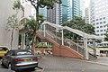 HK 灣仔 Wan Chai 告羅士打道 Gloucester Road footbridge view March 2019 IX2 06.jpg