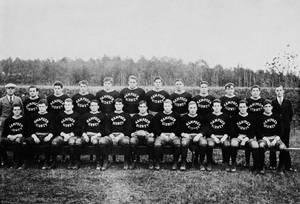 1926 Hampden–Sydney Tigers football team - Image: HS Cfootball 1926