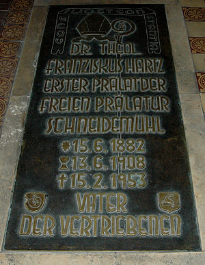 Roman Catholic Territorial Prelature of Schneidemühl - Grave slab of Prelate Franz Hartz in St. Cyriacus Church in Hüls, Krefeld.