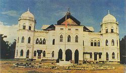 The 'Sawbwa Palace, a historic landmark, was destroyed in November 9, 1991 by the Burmese government.