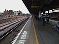 Herne Hill stn southbound platform 4 look south2.JPG