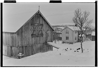 Holtålen - Farm in the Hessdalen valley (c. 1950s)