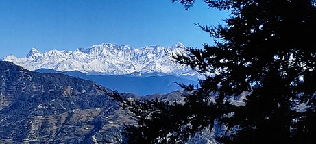 Himalayan view from Mussoorie Dhanaulti Road 18.jpg