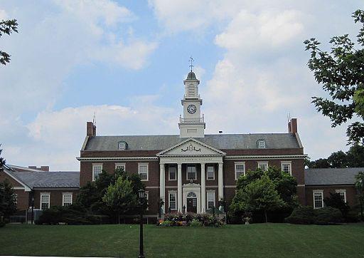 Hinsdale Memorial Building