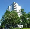 Hochhaus an der Weimarer Straße - panoramio.jpg