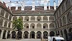 Hofburg Stallburg-Hof.jpg