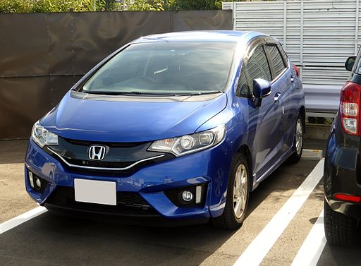 Honda FIT 13G S Package (GK3) front