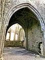 Hore Abbey, Caiseal, Éire - 46533713262.jpg