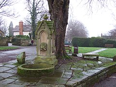 Horsley Fountain - geograph.org.uk - 299798.jpg