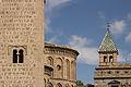 Iglesia de Santiago del Arrabal y Puerta de Bisagra - 01.jpg