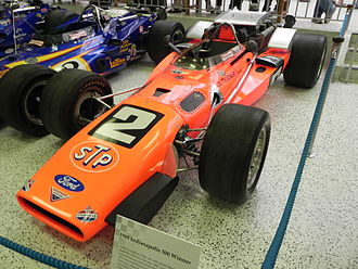 1969 Indianapolis 500 - Image: Indy 500winningcar 1969