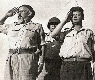 Yitzhak Sadeh - Sadeh (left) and Yigal Allon, 1948
