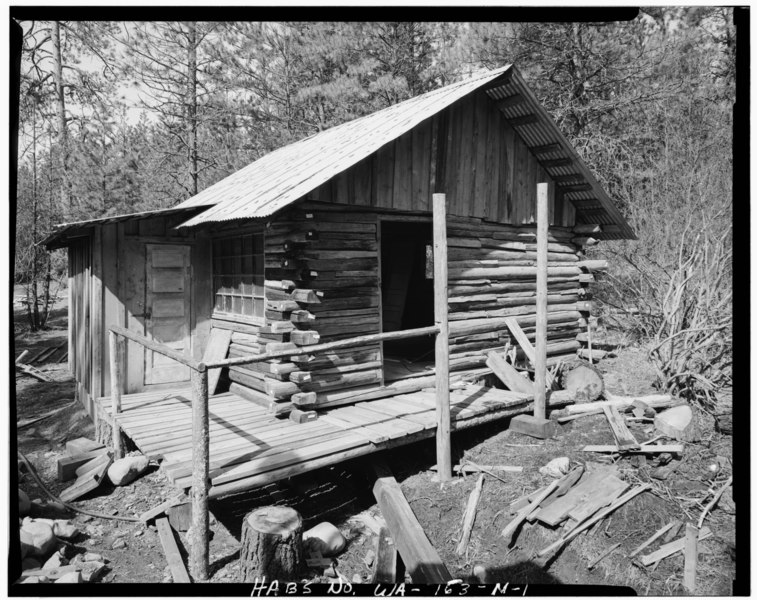 File jack kirsh cabin 2 taken from southeast liberty for Cle elum lake cabins