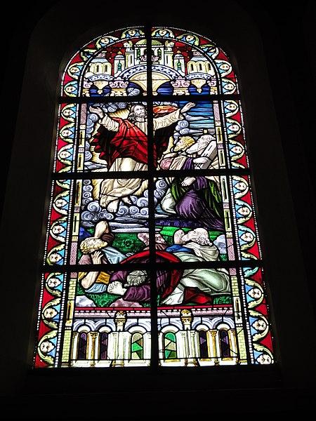 Jeumont (Nord, Fr) église St.Martin, vitrail 05 La transfiguration