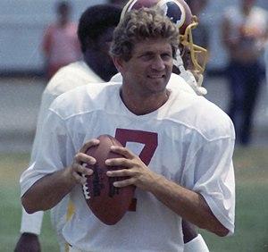 English: Picture of Joe Theismann on Washingto...