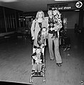 Johan Cruyff met echtgenote Danny en kinderen Chantal en Susila (in buggy), Bestanddeelnr 926-8207.jpg