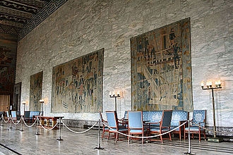 Else Halling - Tapestry decorations at the Oslo City Hall, designed by Kåre Jonsborg and woven by Else Halling