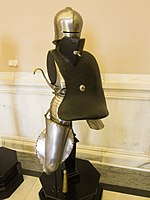 Jousting riding armour (14377031711).jpg