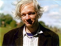 Julian Assange full.jpg