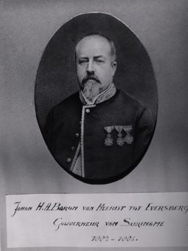 KITLV - 33041 - John Herbert August Willem van Heerdt tot Eversberg, governor of Surinam (1882-1885) - circa 1885.tif