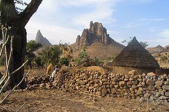 Kapsiki people - Home on the outskirts of Rhumsiki