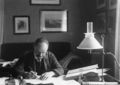 Karl Schwarzschild in his working place.png