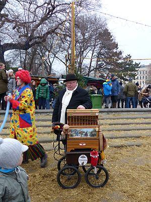 Street organ - Organ-grinder in Vienna