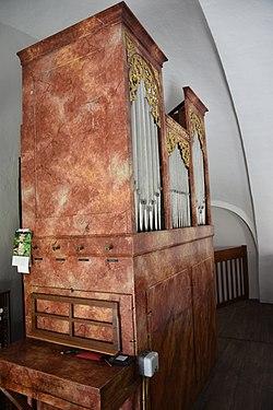Kath. Filialkirche hl. Jacobus Miedlingsdorf Interior 07.jpg