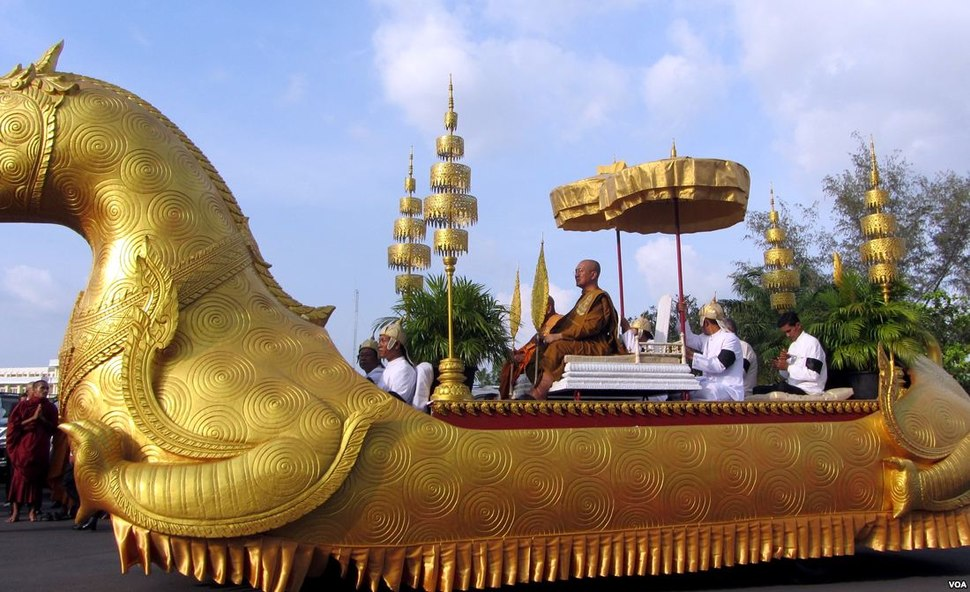 King Norodom Sihanouk's funeral procession 01