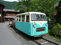 Kiso Forest Railway motor car.JPG