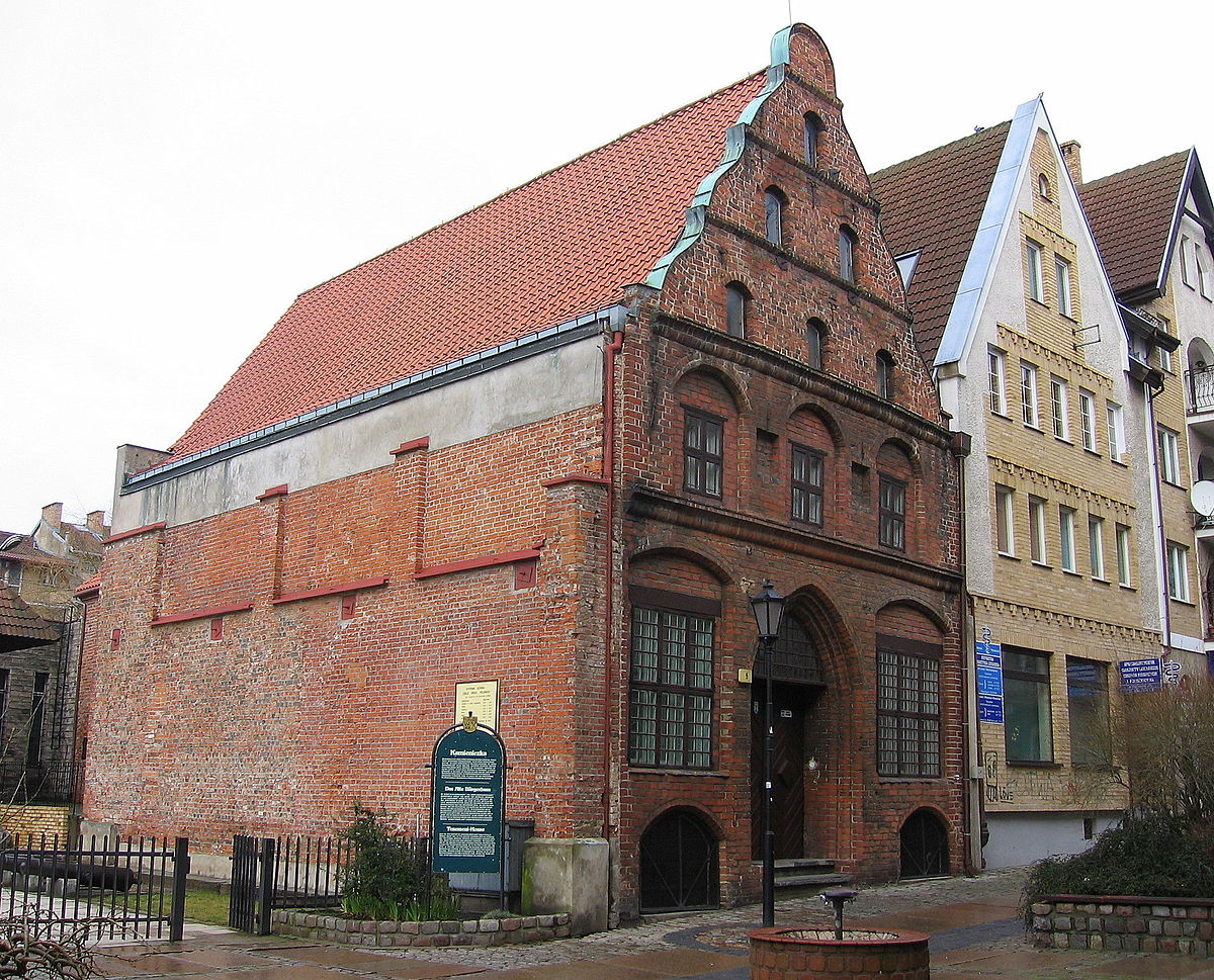 Kolobrzeg Old tenement house 2008-02.jpg