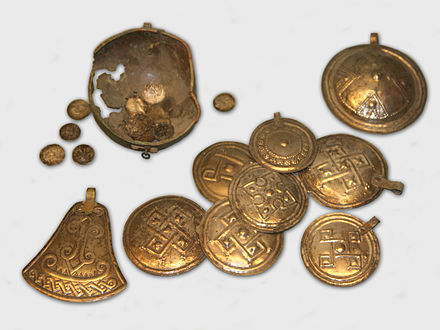 Iron Age artefacts of a hoard from Kumna KumnaHoardArtfs.jpg