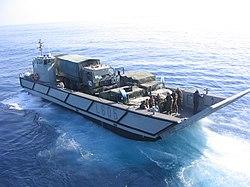 LCM Lanchas de desembarco.jpg