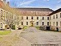 La Roche-Morey. Cour de l'ancien monastère Saint Servule. (1). 2014-03-11.JPG