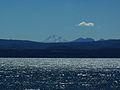 Lago Villarrica y volcan Llaima - Flickr - rgamper.jpg